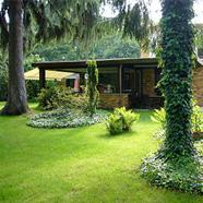 Wohnung mit riesigem Garten in Bestlage
