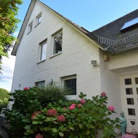 Charmantes Haus in Feldrandlage