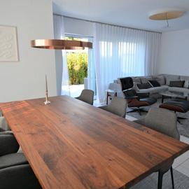Ideale Doppelhaushälfte für Paare und Familie in ruhiger Lage