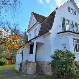 Buchschlager Landhaus-Villa in Bestlage