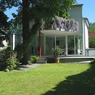 Freistehendes, familienfreundliches, modernes Architektenhaus