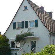 Gemütliche und sehr schön renovierte Doppelhaushälfte