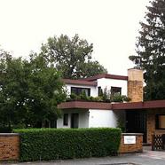 Wohnhaus mit separater Arztpraxis auf herrlichem Grundstück