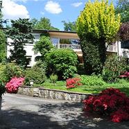 60er-Jahre-Villa auf parkähnlichem Grundstück