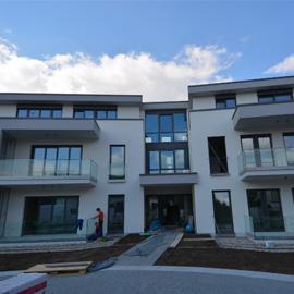 2-ZKB Luxuswohnung mit Balkon und Tiefgarage