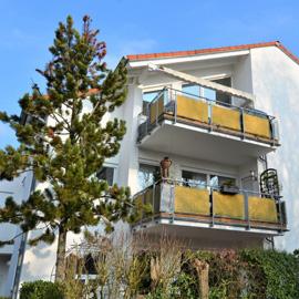 Steinberg - helle 3-Zi.-Wohnung mit Galerie in bester Lage