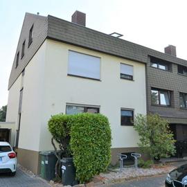 Gepflegtes 3-Familien-Haus in Bestlage Rumpenheim