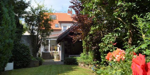 Schön sanierte Doppelhaushälfte im Stadtkern