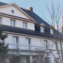 Exklusive Wohnung in kernsaniertem Herrenhaus